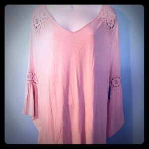 New Directions pastel pink long sleeve ruffle blou